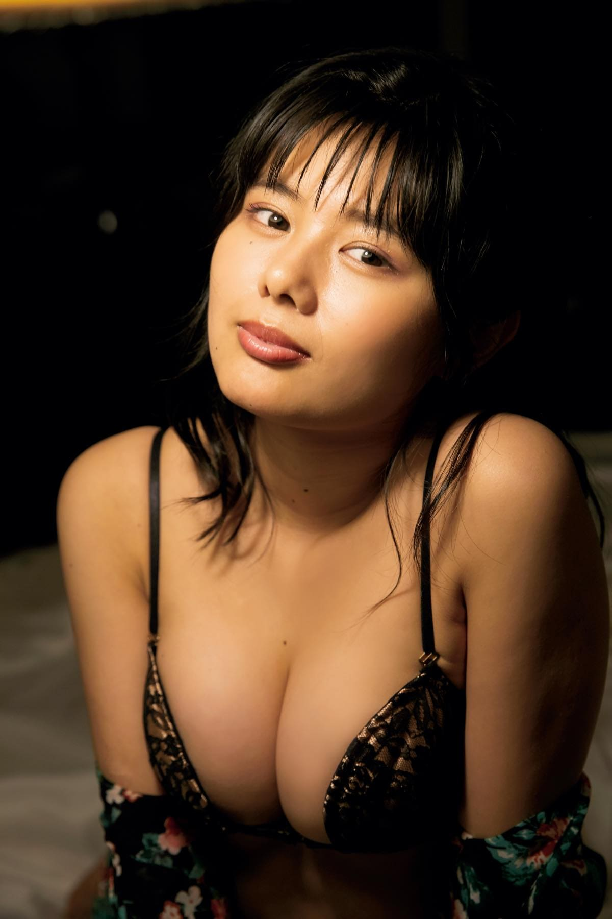 蒼山みこと「熊本からきた純朴少女」のムッチムチボディ【写真10枚】の画像006