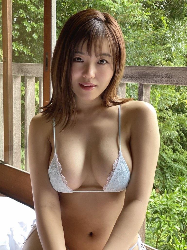 女子大生・桜田なな「むっちりG乳が四変化」清楚なのにエチエチ!【画像4枚】の画像002