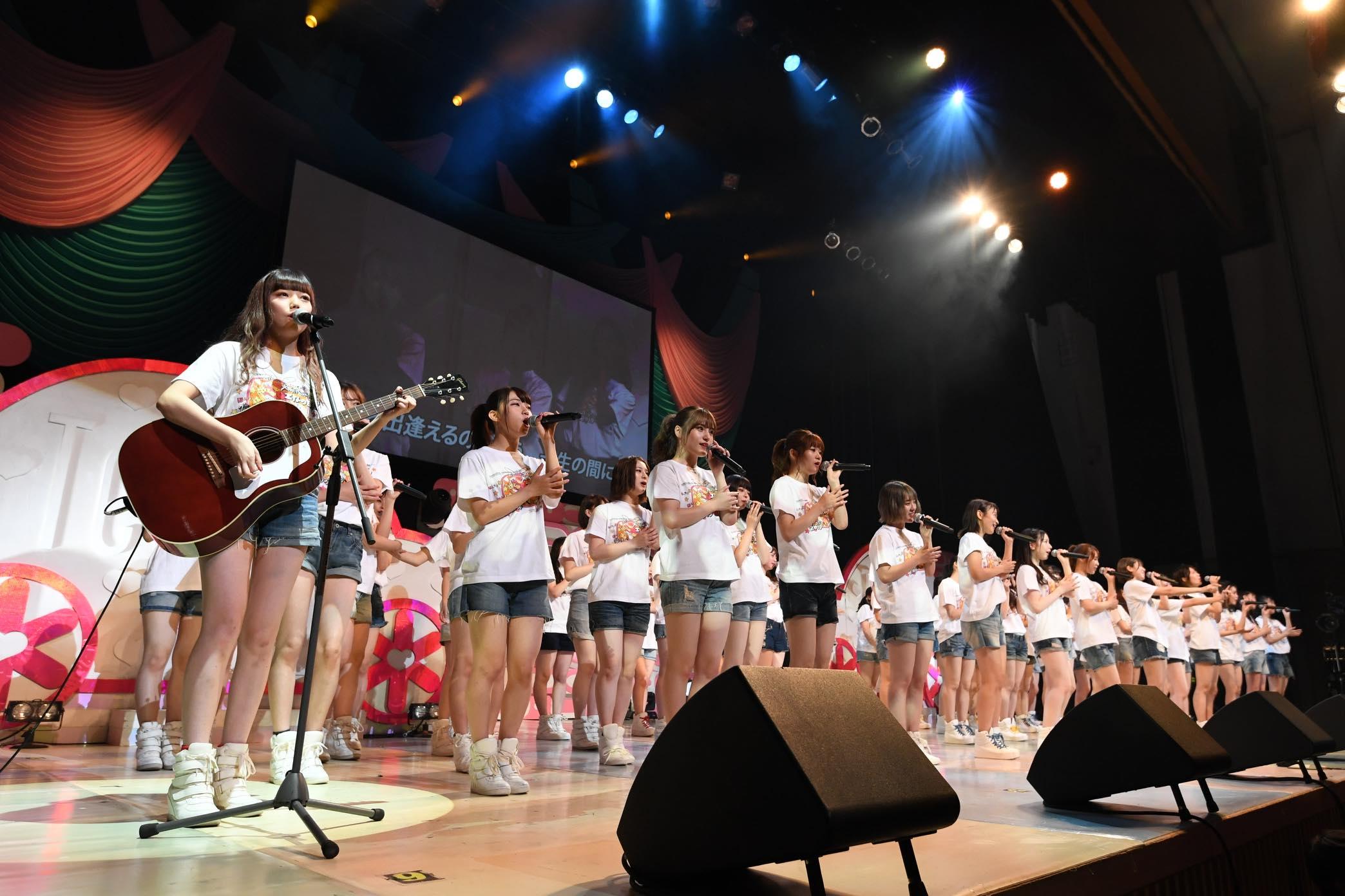 AKB48チーム8大阪公演開催、OGメンバーも集結!【写真22枚】の画像002