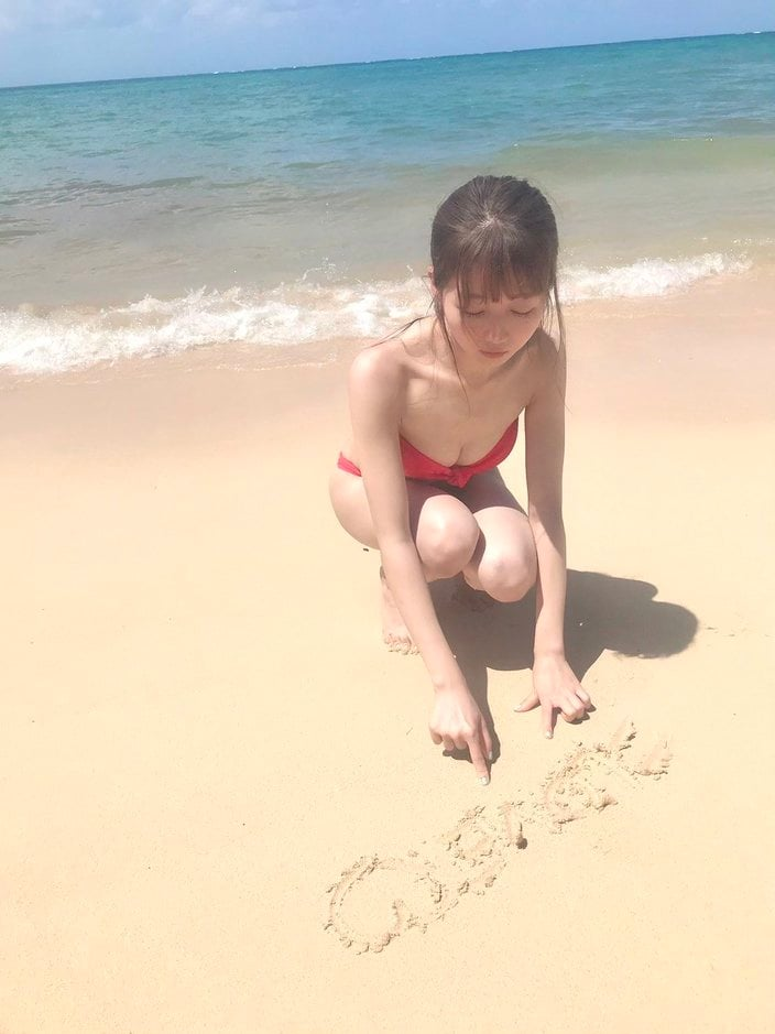 =LOVE大谷映美里「砂浜で輝く美スタイル&ビキニ」ファースト写真集の予約がスタート【画像2枚】の画像