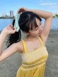"""NMB48本郷柚巴""""美デコルテが眩しいワンピ姿!""""爽やかな様子にファン「見てるだけで涼やかな気分」【画像2枚】の画像002"""