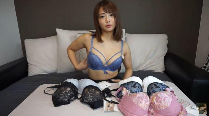 元AKB48平嶋夏海「実際に試着してみた!」YouTubeでブラ選びのコツと悩みを告白の画像