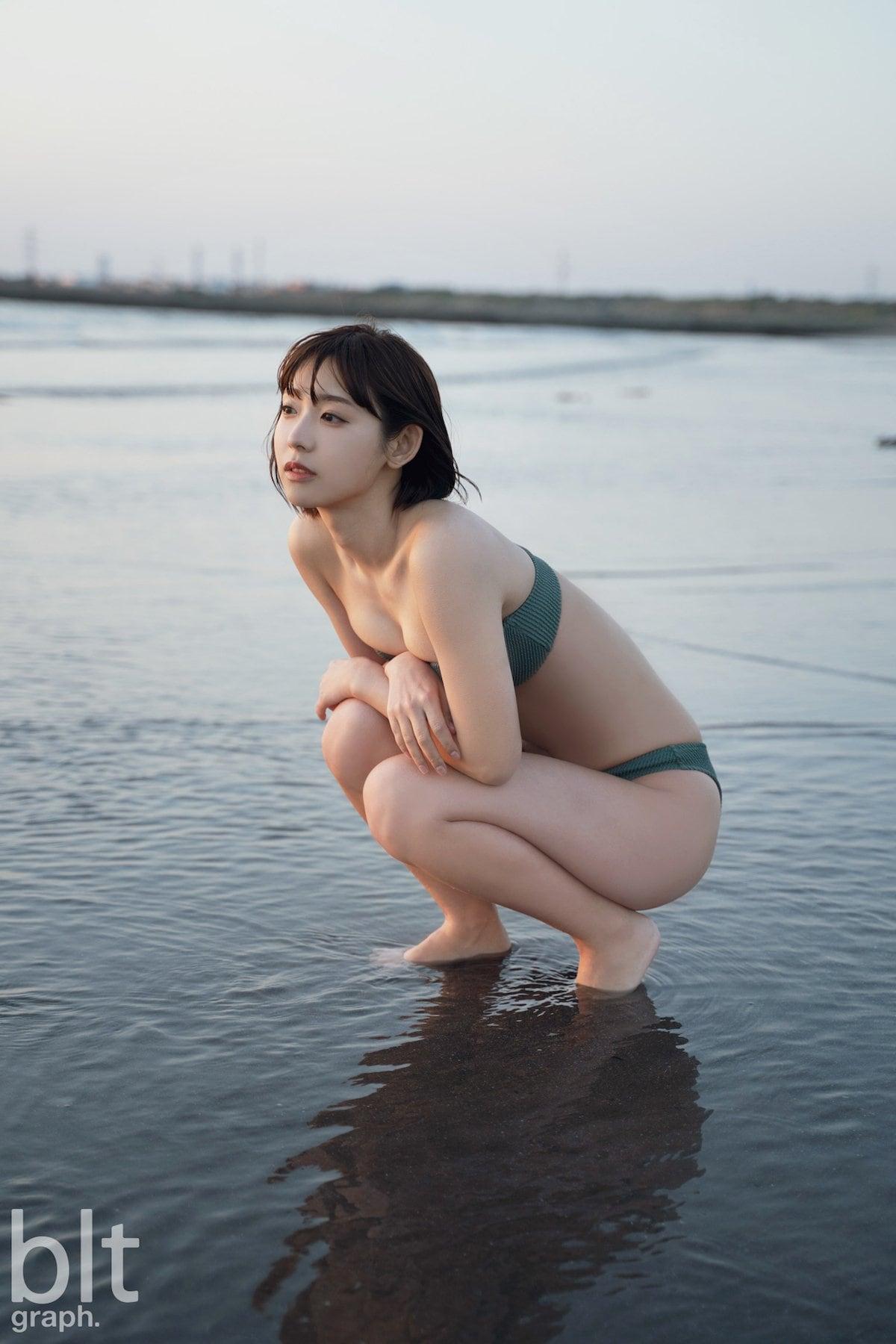 水湊みお「素晴らしき曲線美」芸術的なビキニ姿に感動!【画像9枚】の画像009