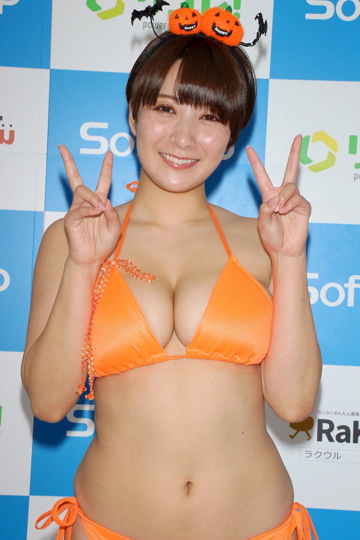 紺野栞「SM嬢に初挑戦」ムチを覚えて感動しました【画像49枚】の画像026