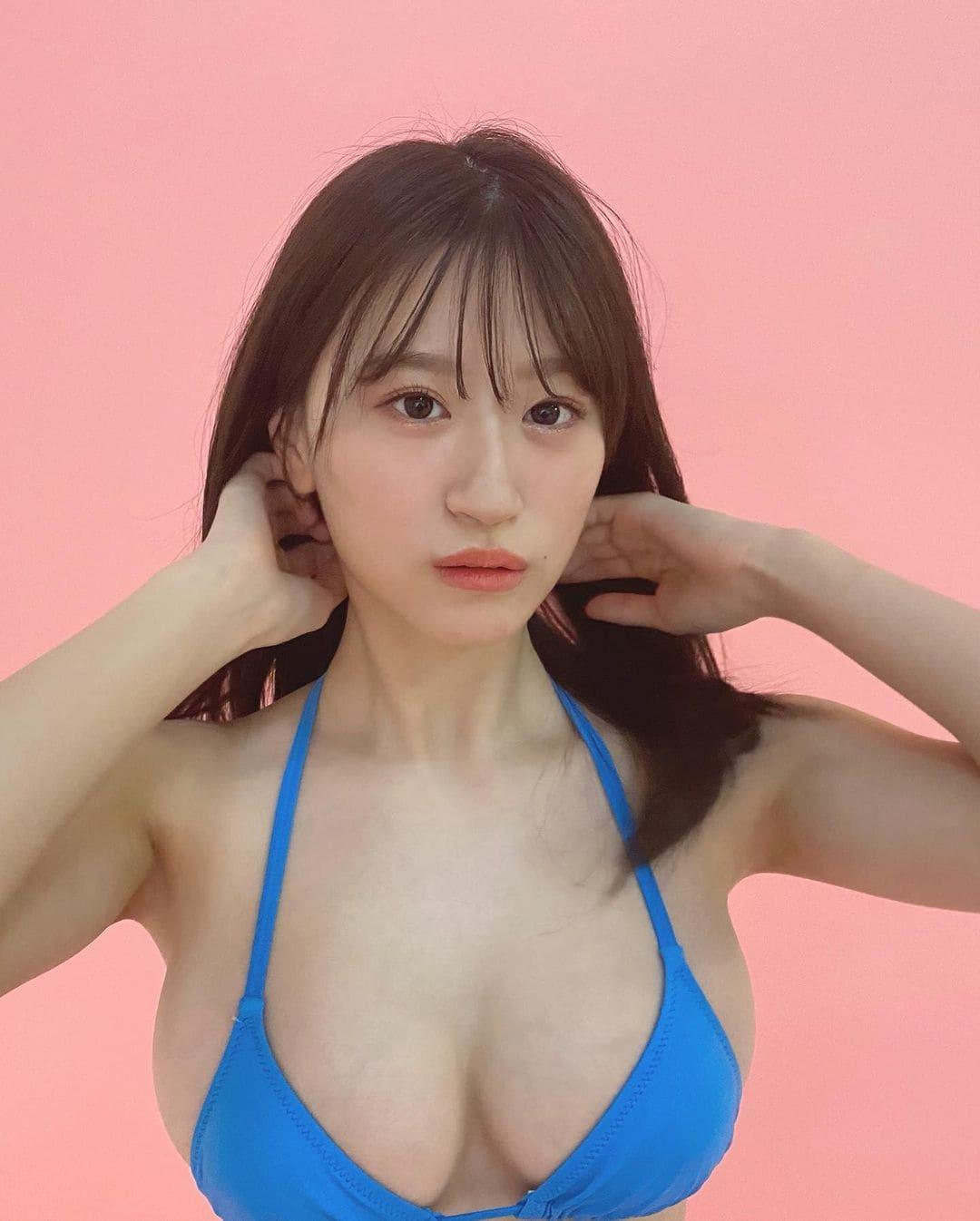 NMB48上西怜「美バストはみ出た小さめビキニ…」表紙争奪バトルへの投票を呼びかけ【画像3枚】の画像003
