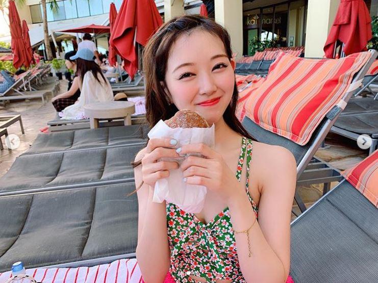 元NMB48渡辺美優紀「思い出に浸るの楽しい」ハワイでのショットを披露【写真3枚】の画像001