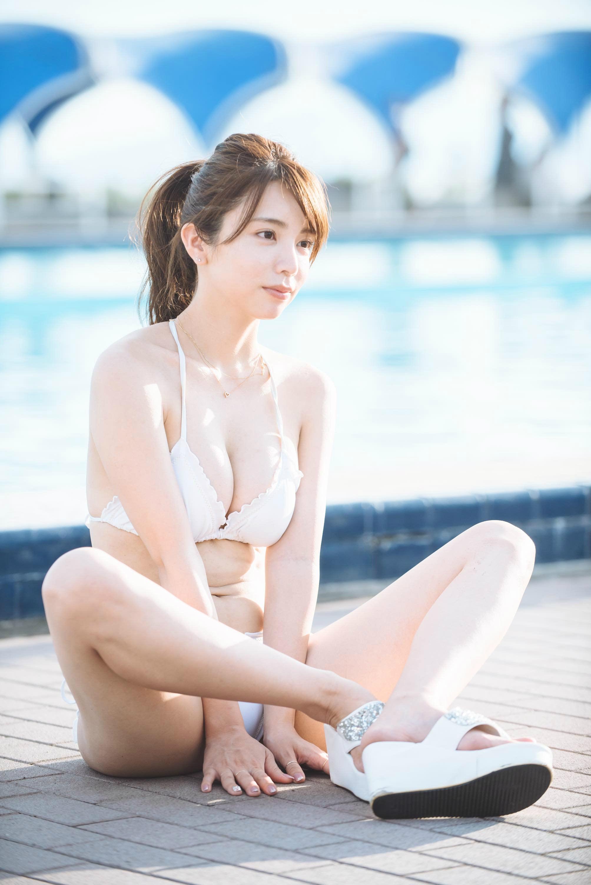 仲村美海、期待の大型新人が見せたフレッシュな白肌!【写真24枚】の画像020