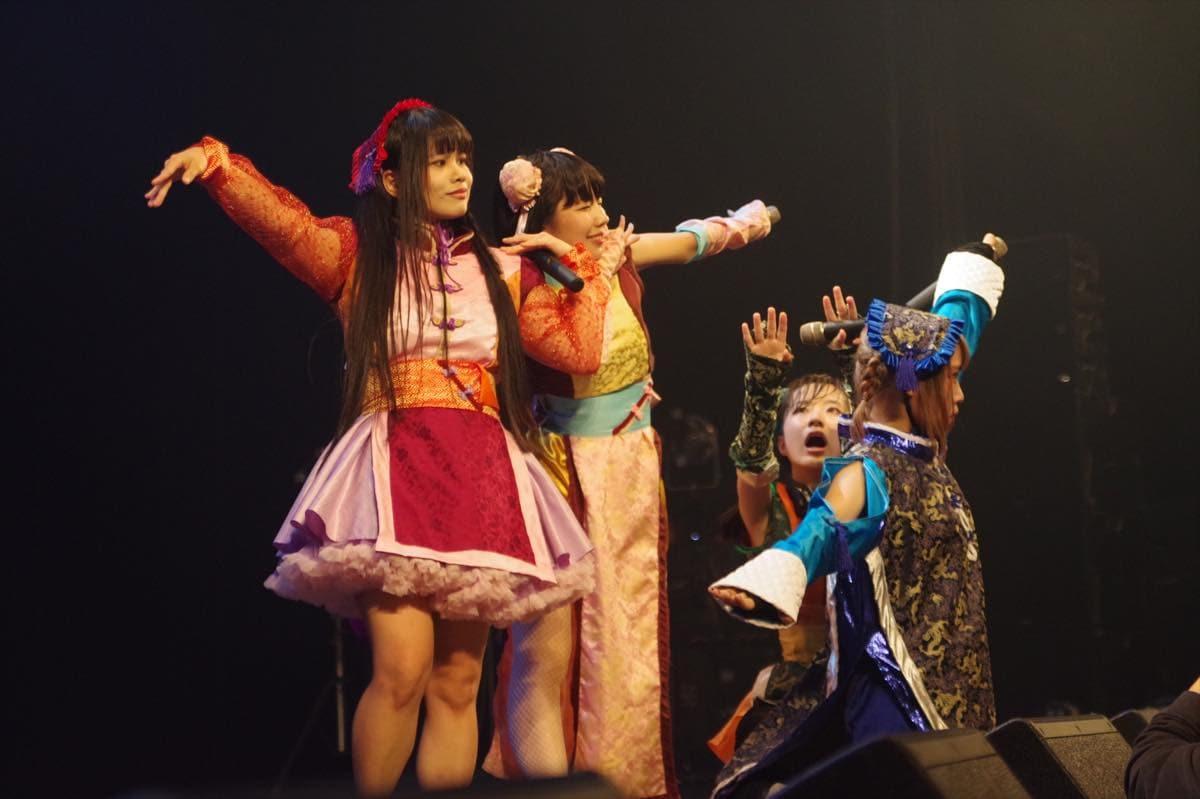 """めろん畑 a go go""""ロッキンなマスクアイドル""""が、新たな仲間とワンマンライブを開催!【写真22枚】の画像008"""
