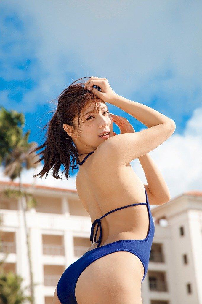 夏本あさみのグラビア水着ビキニ画像8