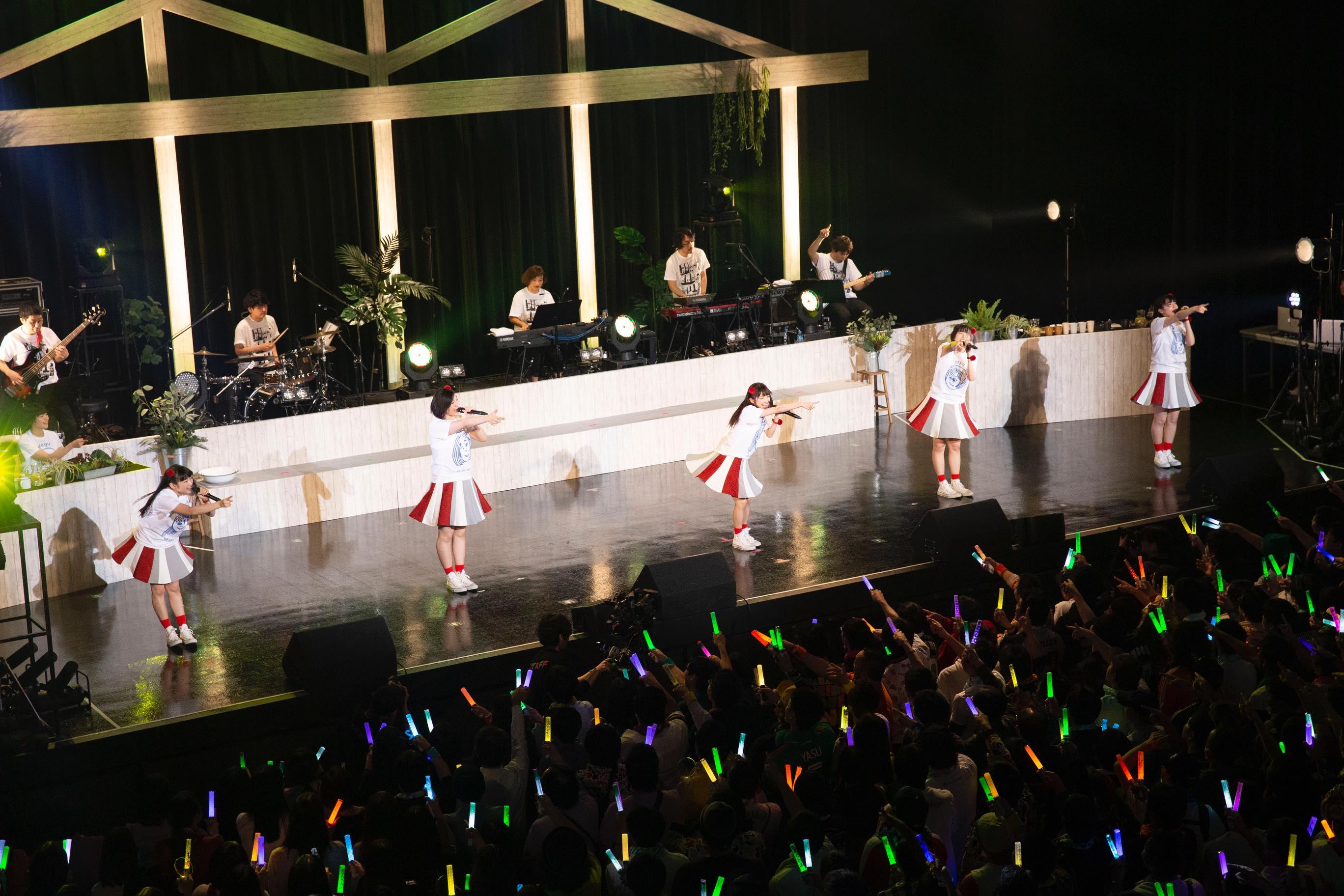 私立恵比寿中学・Negiccoの魅力がバンドで盛り盛り!「エビネギ2」レポート【写真9枚】の画像008