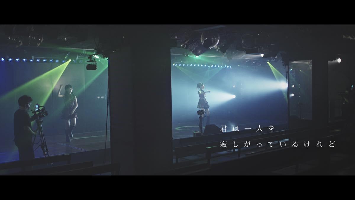 AKB48現役メンバーと卒業生8名が大集結!メッセージソング『離れていても』MVが解禁【写真24枚】の画像017