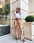 マギー「際立つ美脚にドキっ」夏のファッション・コーディネート解説にファン歓喜【画像2枚】の画像002
