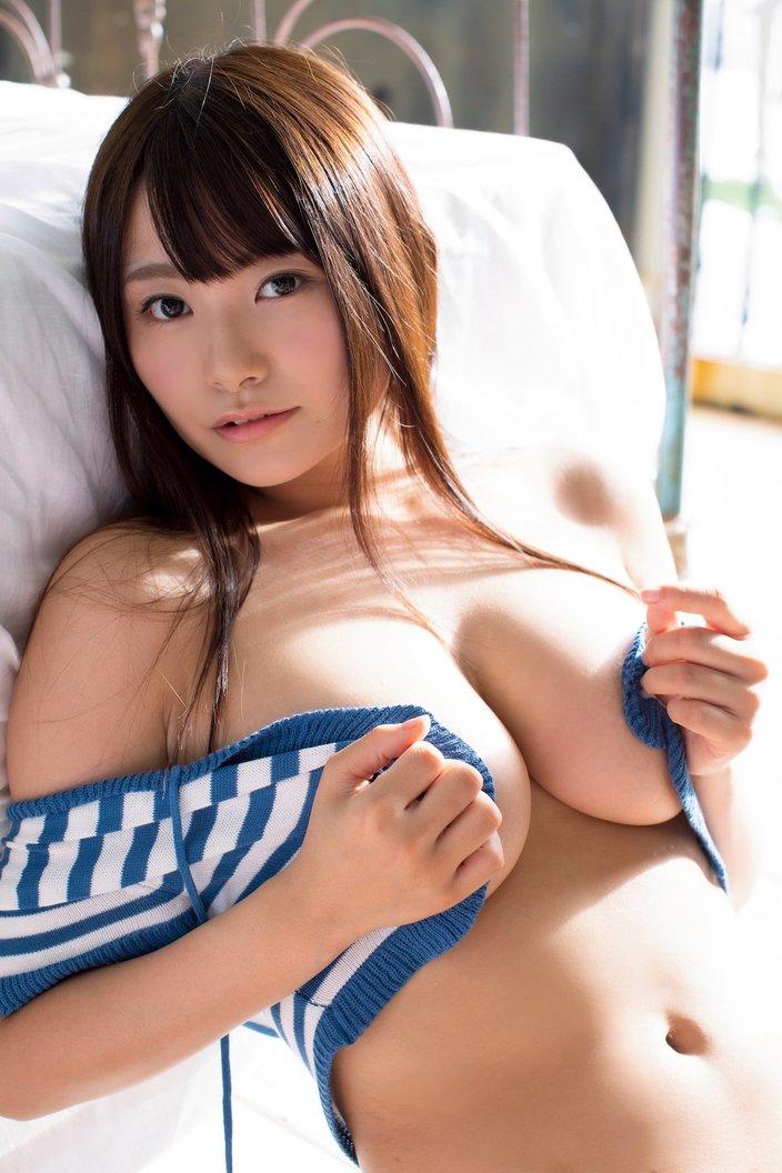 桜井木穂「童顔巨乳の最高峰へ!」とんでもない重量感【画像10枚】の画像