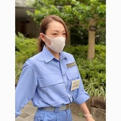 元SPEED今井絵理子「大人セクシーな作業着が真剣!」防災訓練中の様子を披露の画像