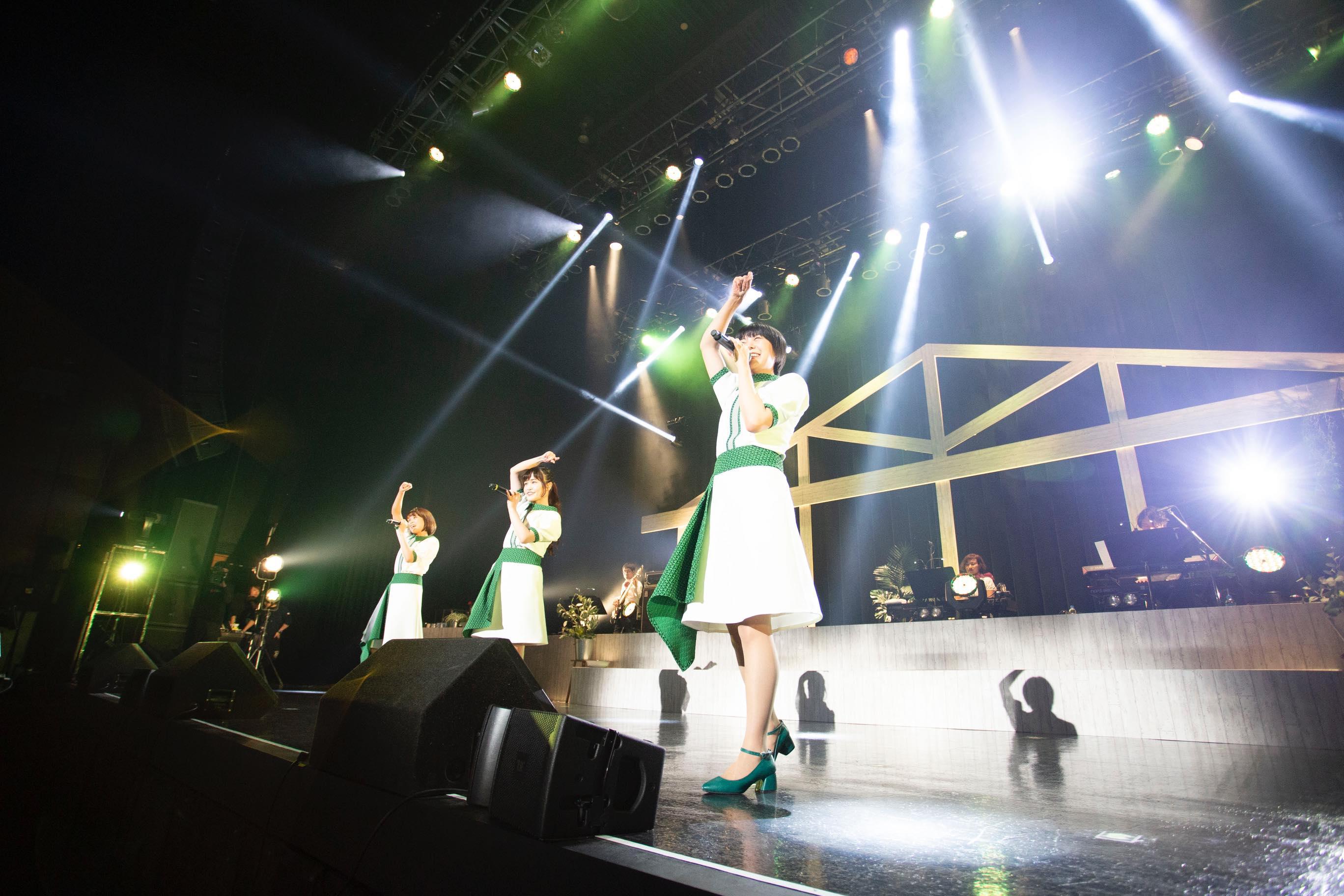 私立恵比寿中学・Negiccoの魅力がバンドで盛り盛り!「エビネギ2」レポート【写真9枚】の画像002