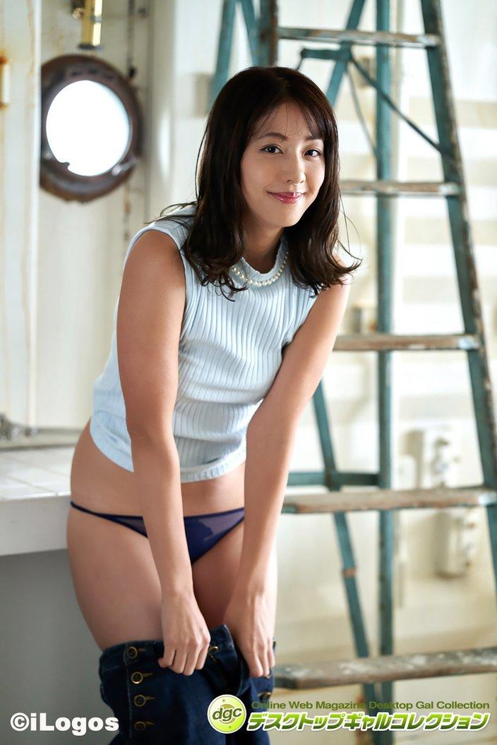 本郷杏奈「あどけなさと大人っぽさ」魅惑のボディ【画像5枚】の画像