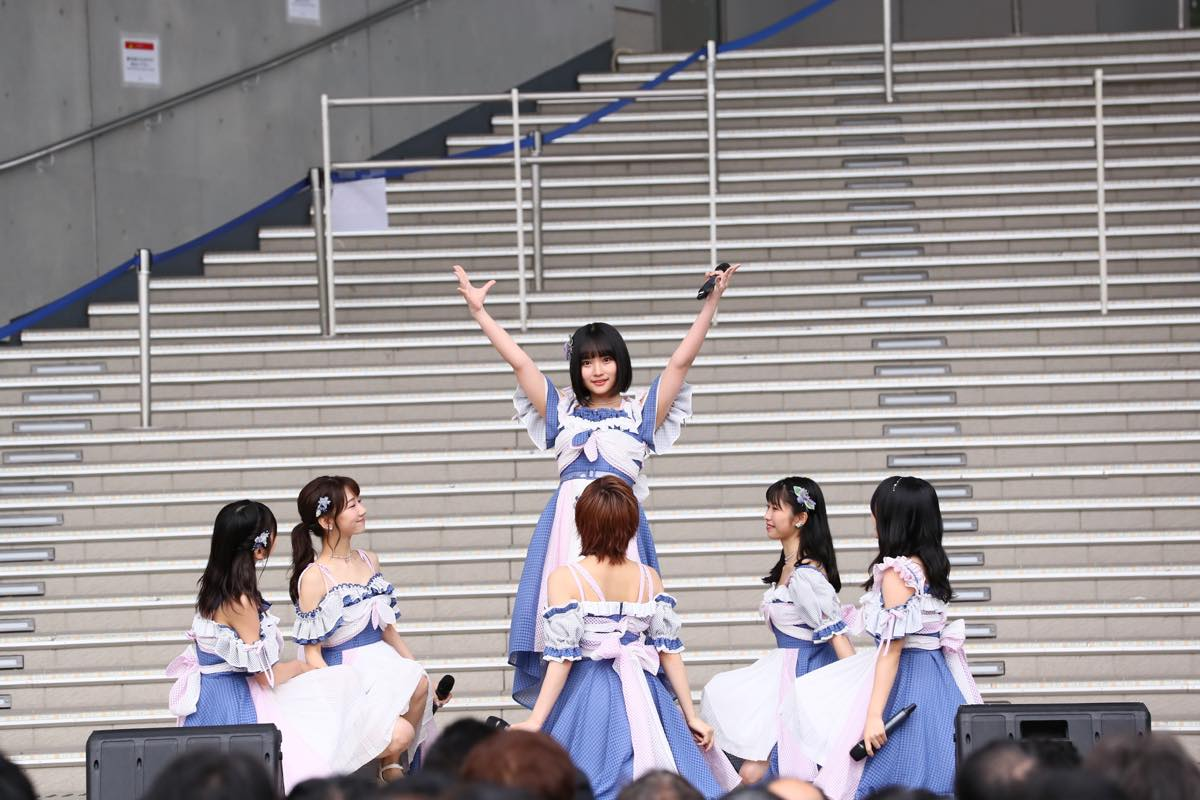 AKB48矢作萌夏、堂々のセンターで新曲『サステナブル』を披露!【画像15枚】の画像010