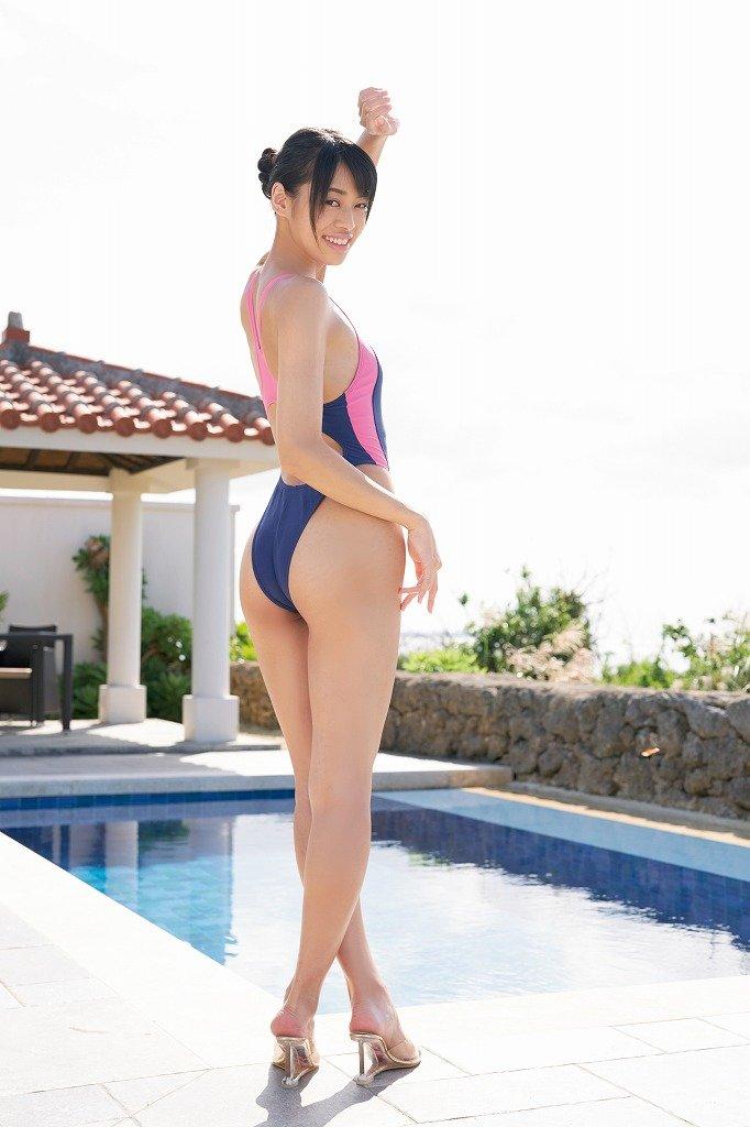 藤田いろはのグラビア水着ビキニ画像10