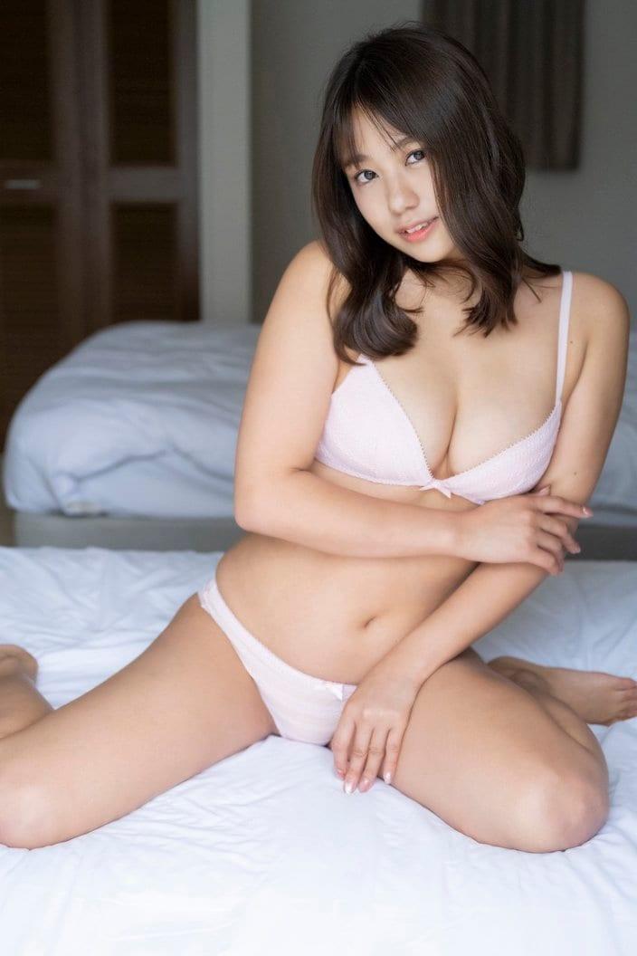 元NMB48沖田彩華「むっちむちボディ」健康的バストを開放!【画像3枚】の画像