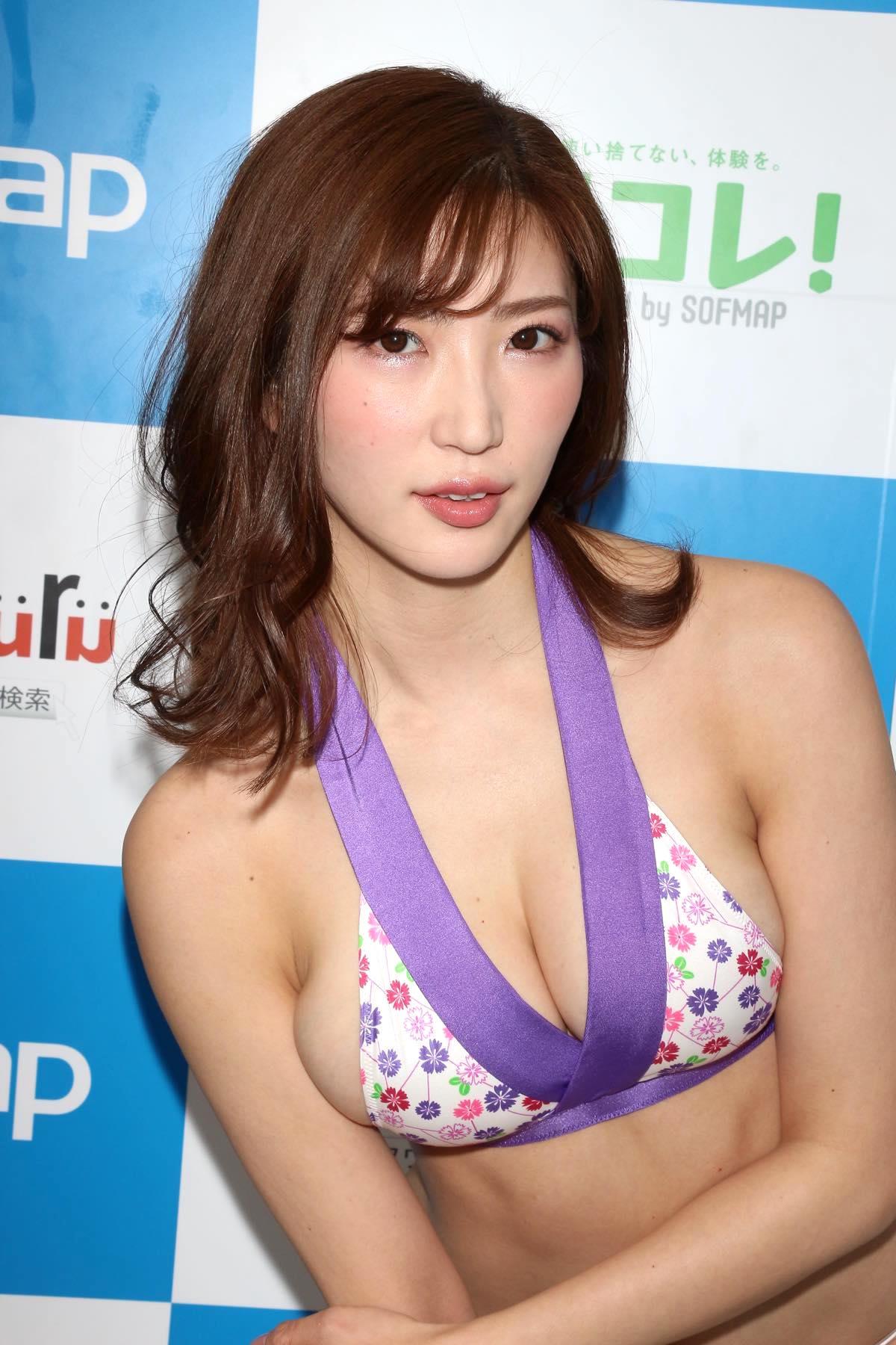 松嶋えいみのグラビア水着ビキニ画像023
