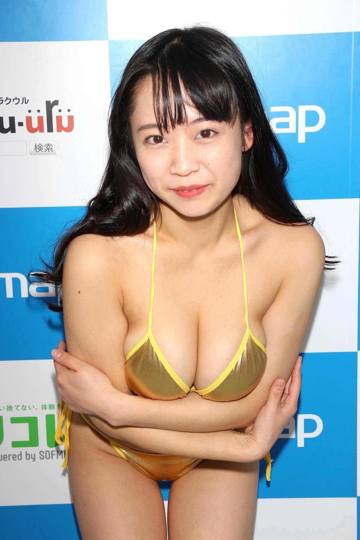 ゆうみのグラビア水着ビキニ画像0022