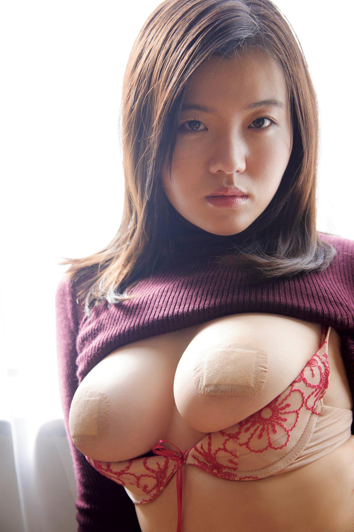 桜田なな「Gカップの生徒会長」が過激衣装で誘惑!【画像6枚】の画像004