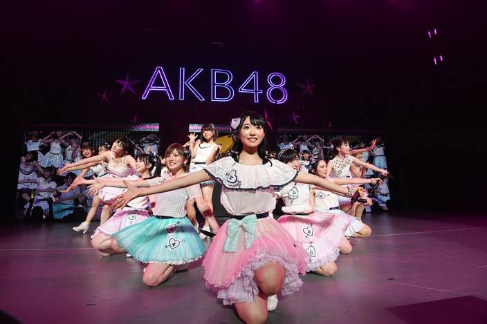 AKB48全国ツアー「神奈川公演」開催、チームBとチーム4のパワーが炸裂!【写真17枚】の画像