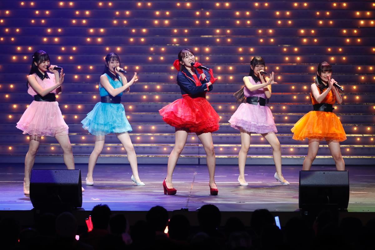 HKT48が8周年前夜祭コンサート「8周年だよ!HKT48の令和に昭和な歌合戦~みんなで笑おう八っ八っ八っ八っ八っ八っ八っ八っ(笑)~」を開催!の画像004