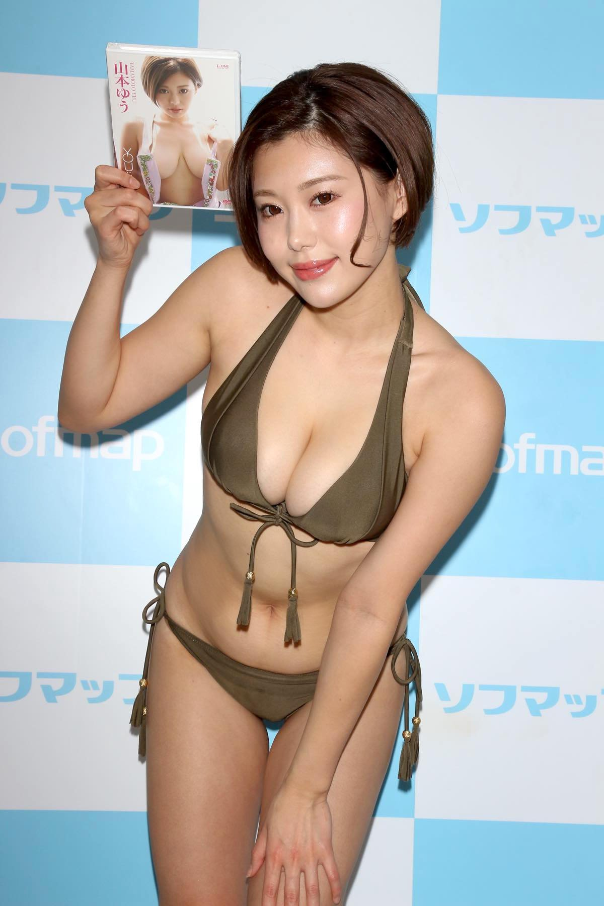 山本ゆうのグラビア水着ビキニ画像36