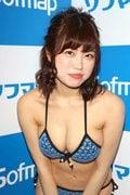 麻亜子「はみ出しバスト」が大爆発!【写真29枚】の画像014