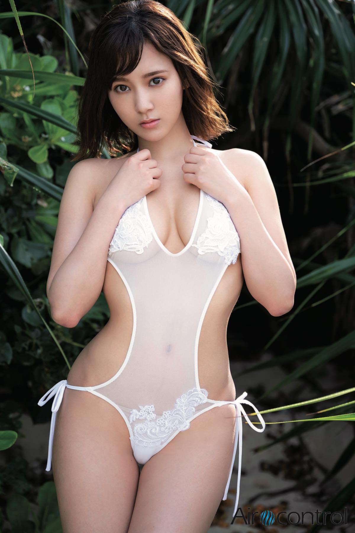 西原愛夏「現役歯科衛生士」のお嬢様が限界露出!【写真11枚】の画像001