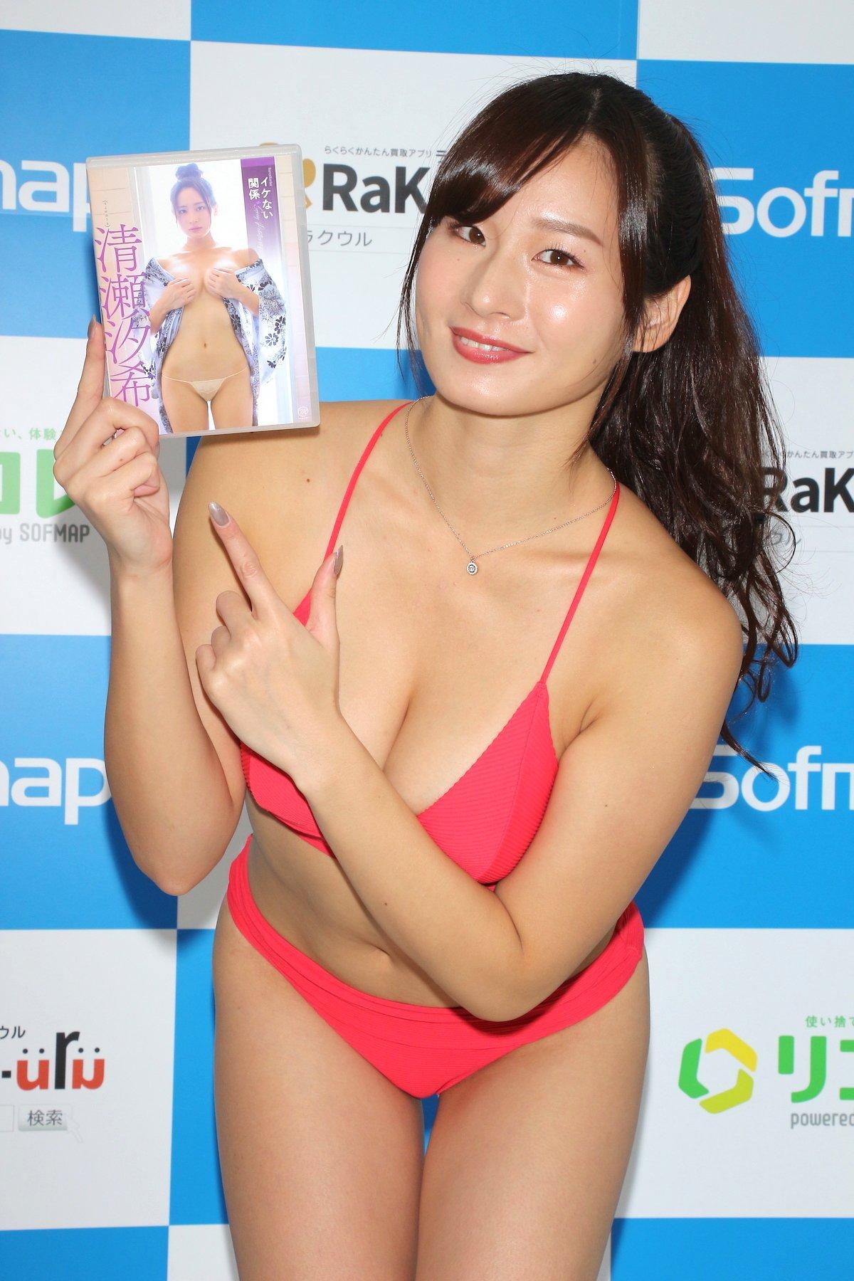 清瀬汐希「本当に何も着てない」お風呂のシーンは露出度満点!【画像62枚】の画像060