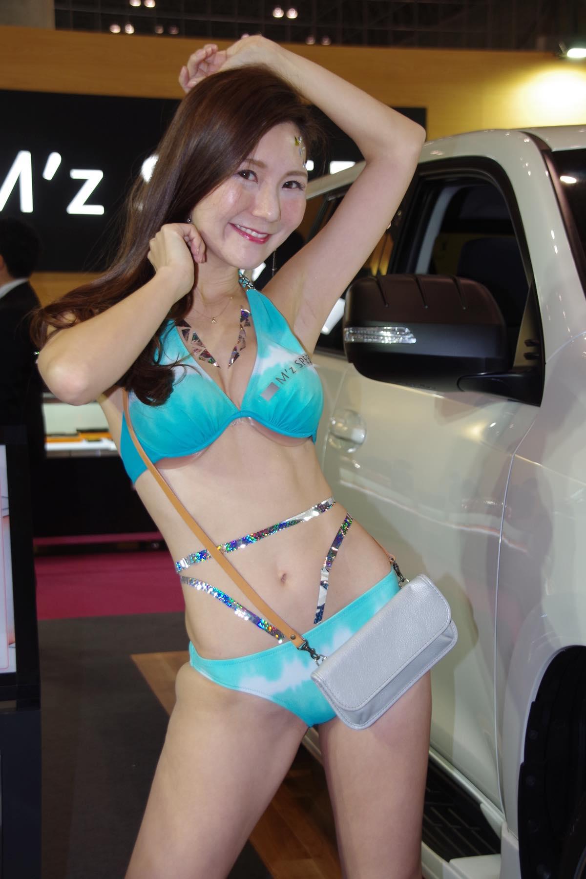 【綾瀬奈々/灯日いつか/初見あんな】東京オートサロン2020を彩った美女たち#8【写真6枚】の画像001