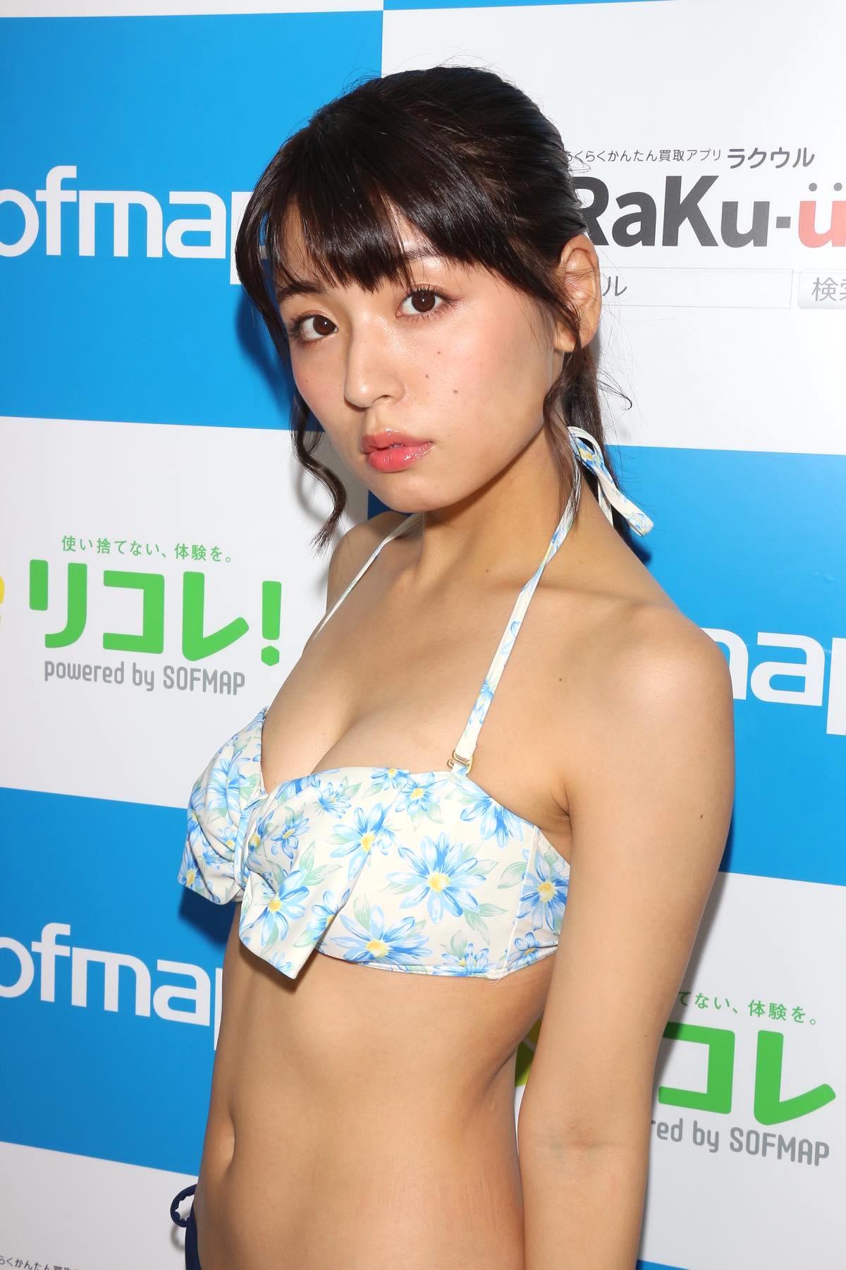 竹本茉莉「ハミ出てビックリ」最後のビキニ姿を大公開!【写真34枚】の画像012