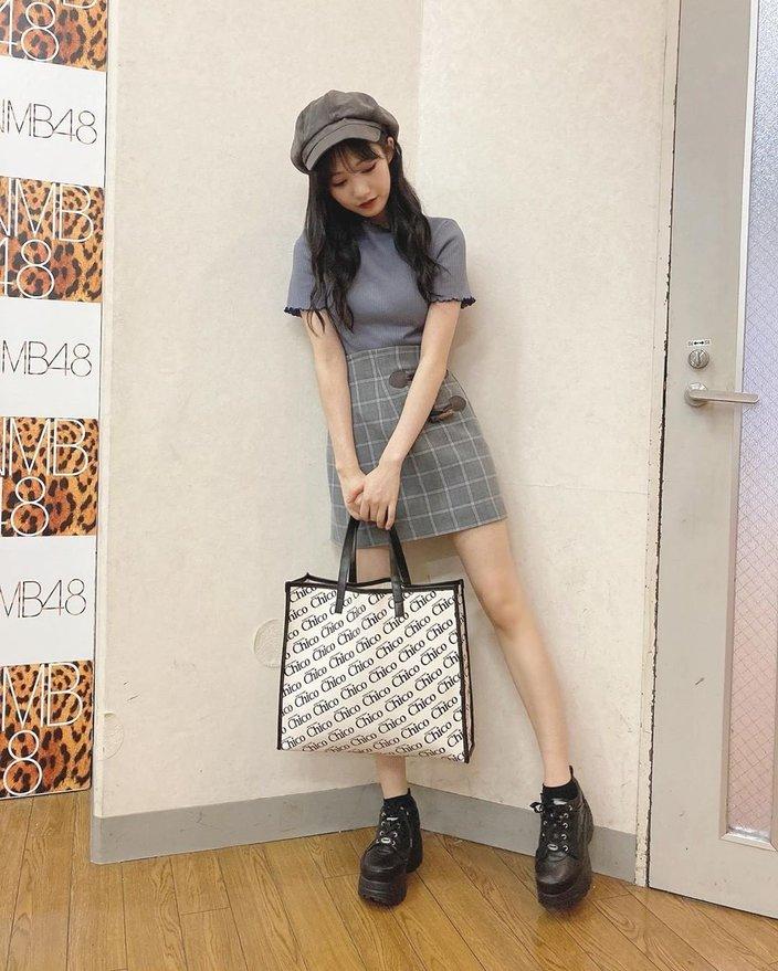 NMB48横野すみれ「足長すぎ!」美脚ミニスカ姿を披露の画像