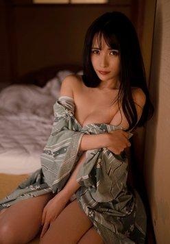 """""""コス美女""""JILL「浴衣をはだけて美バスト見せ」温泉旅行の情事の画像"""