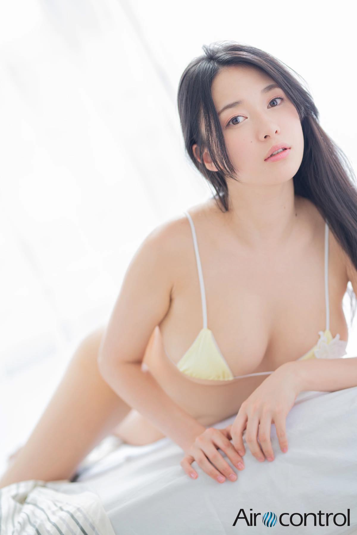 山中知恵「えっちなお姉さん」の官能ボディ【写真9枚】の画像009