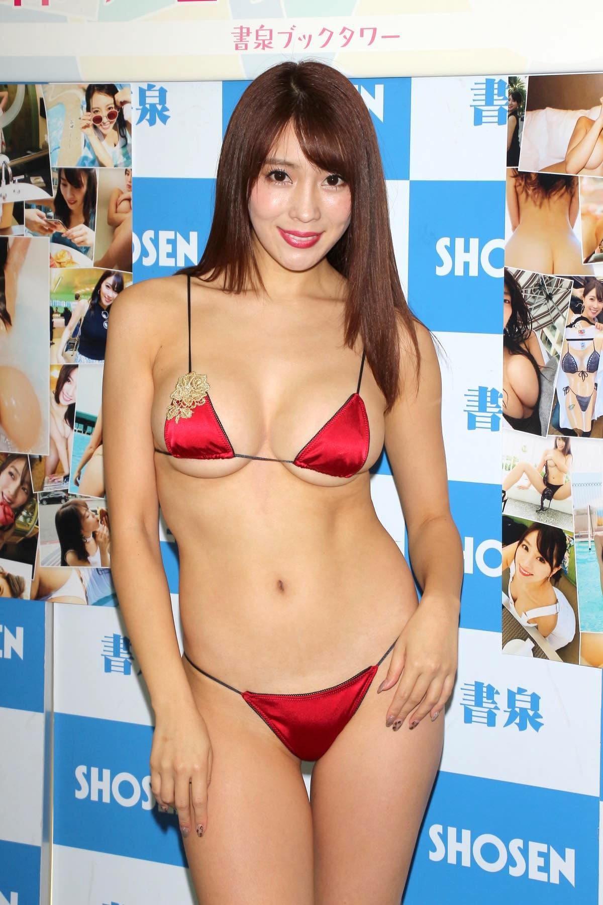 森咲智美の水着画像7