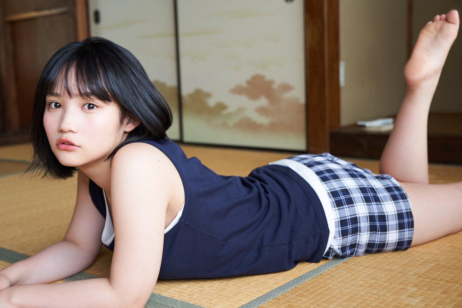 AKB48矢作萌夏が『漫画アクション』の表紙に登場!【画像5枚】の画像004