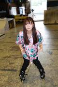 米田みいな「初めてのインラインスケートでなぜかにゃんこスターのモノマネ!?」【写真37枚】【連載】ラストアイドルのすっぴん!vol.21の画像026