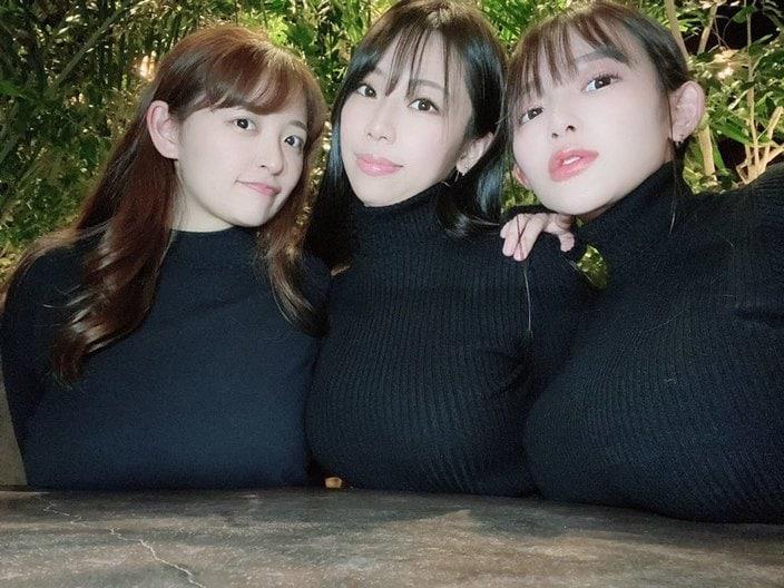 鈴木ふみ奈・天木じゅん・柳瀬さき「巨乳3姉妹」6つのバストを全部乗せ【画像4枚】の画像