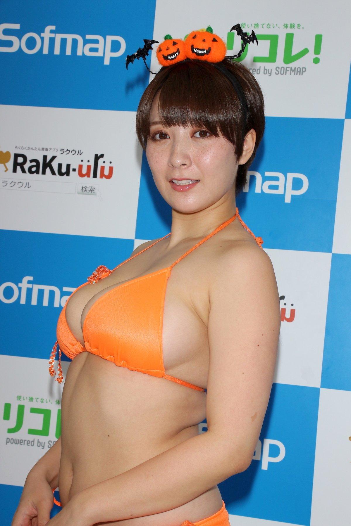 紺野栞「SM嬢に初挑戦」ムチを覚えて感動しました【画像49枚】の画像021