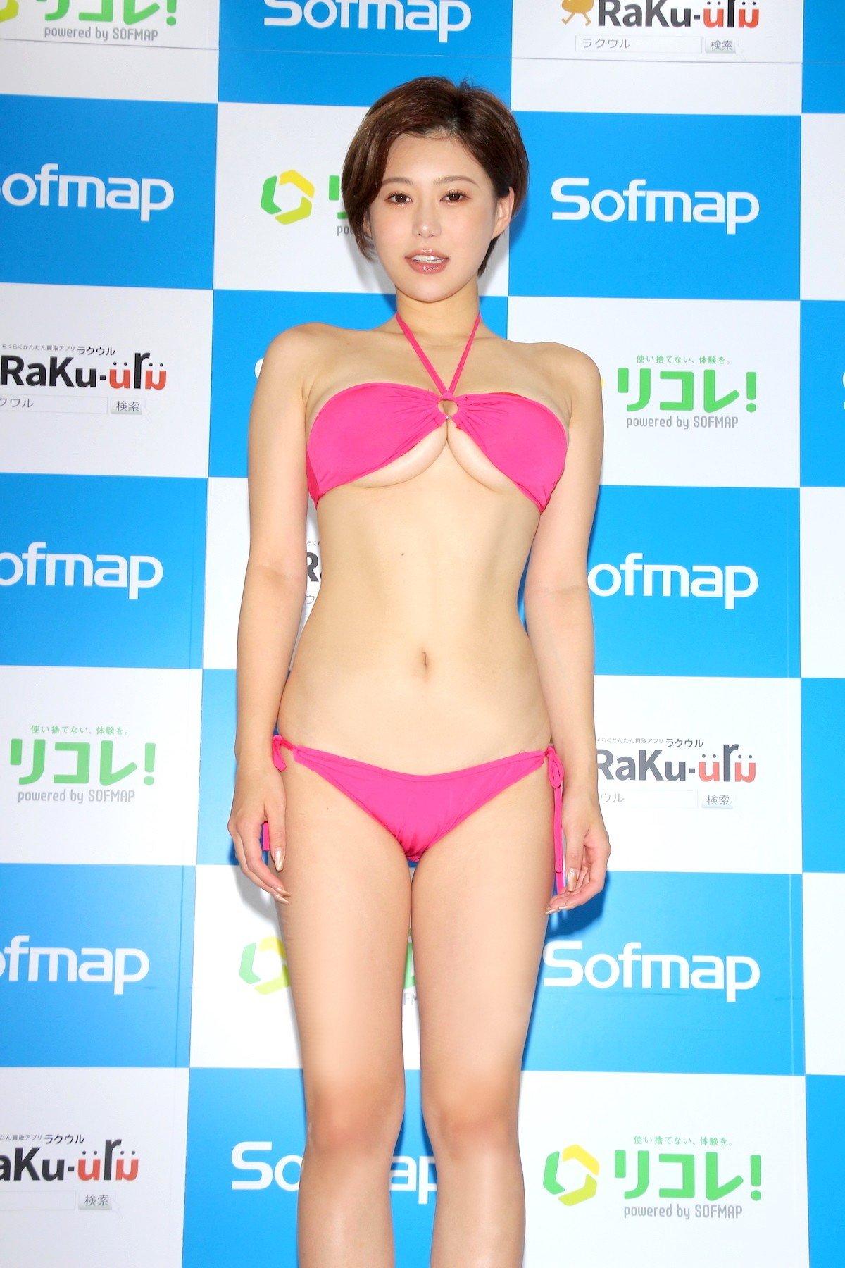 山本ゆう「裸エプロンってワードだけで」本当に何も下に着てない【画像58枚】の画像003