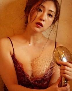 辰巳奈都子「下着がビショ濡れに…」艶やかなシャワータイム【画像5枚】の画像