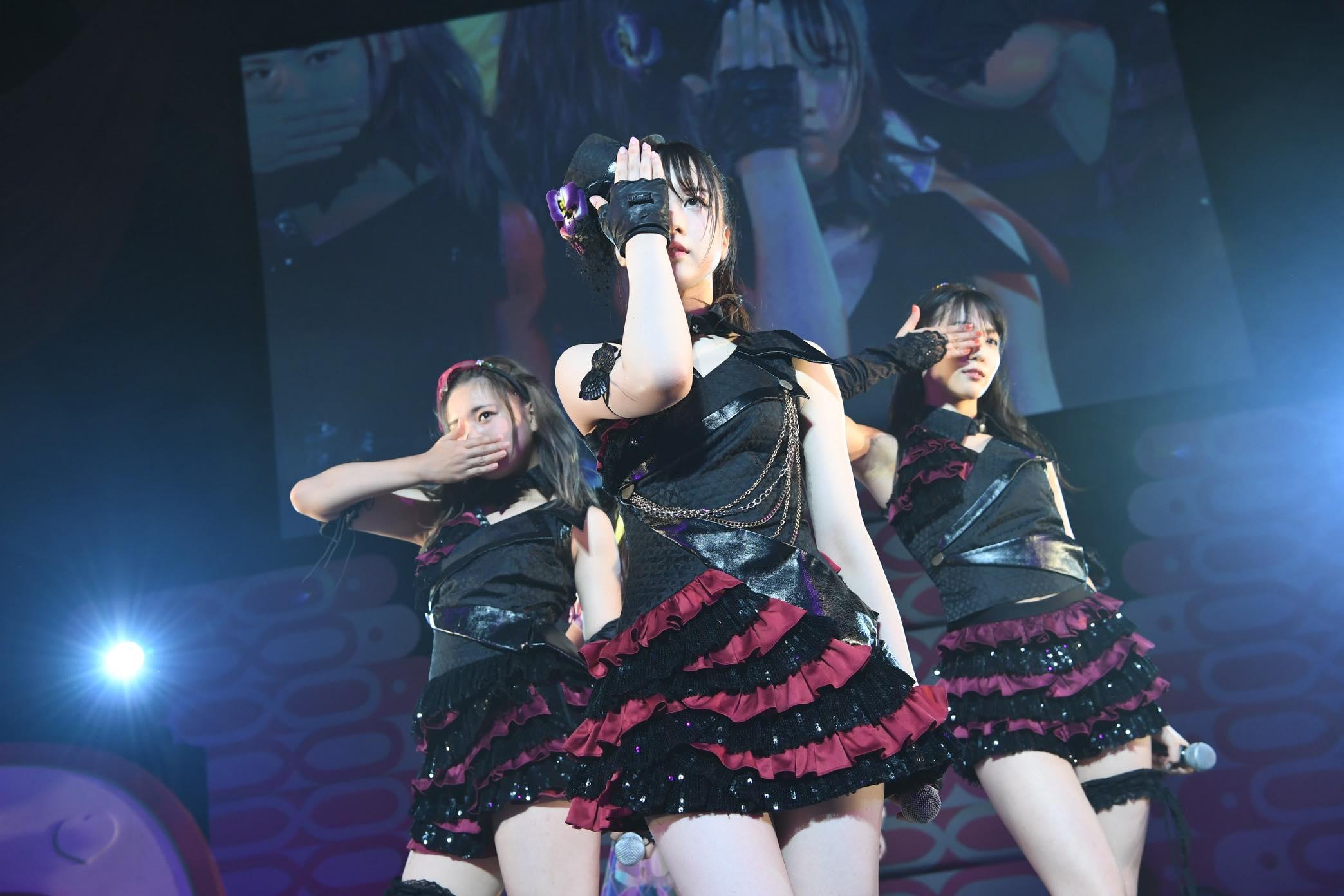 AKB48チーム8大阪公演開催、OGメンバーも集結!【写真22枚】の画像016