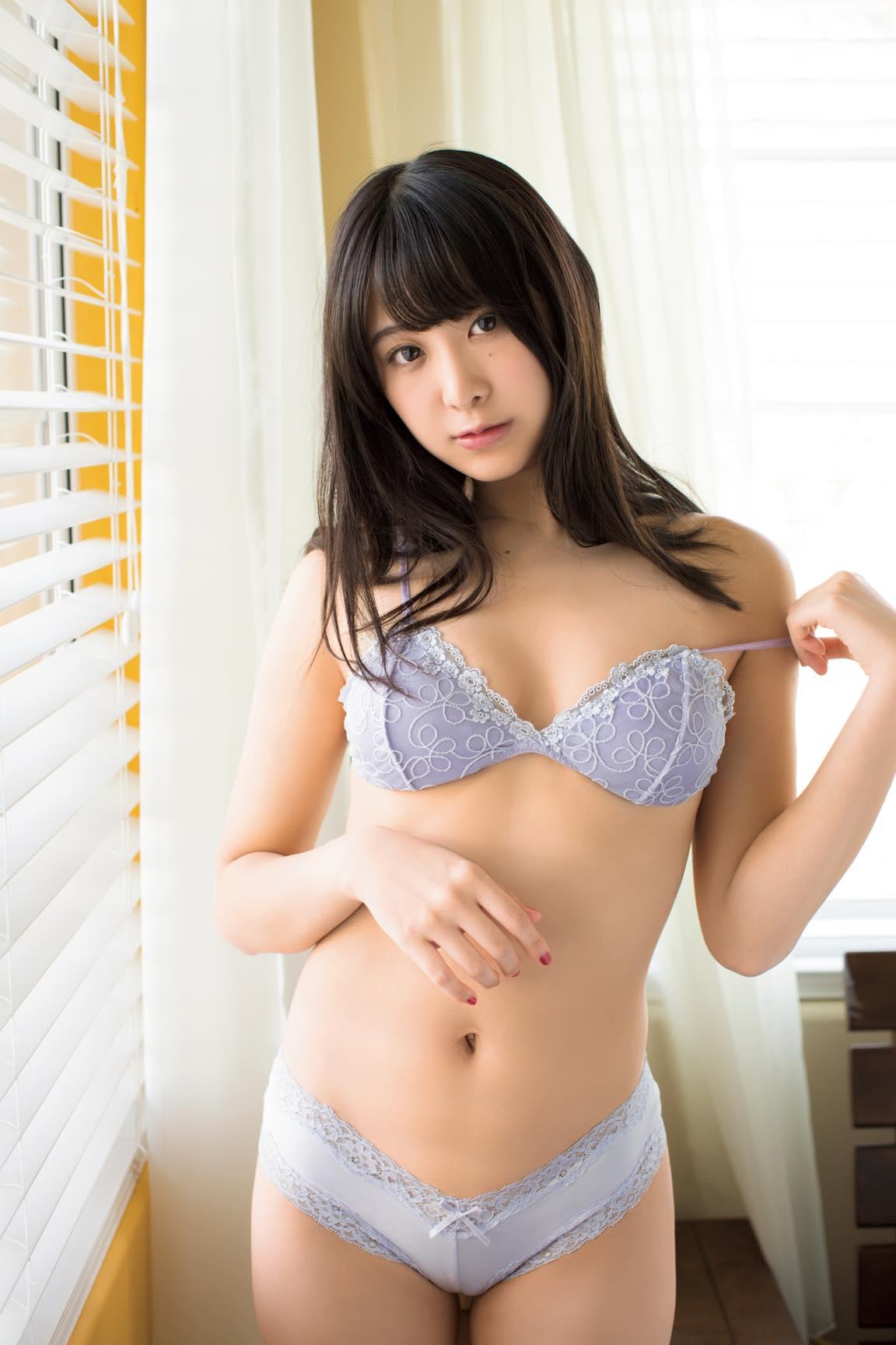 真島なおみ「元キッズモデル」がセクシーな大人美女に!【写真9枚】の画像006
