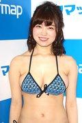 麻亜子「はみ出しバスト」が大爆発!【写真29枚】の画像009