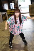 米田みいな「初めてのインラインスケートでなぜかにゃんこスターのモノマネ!?」【写真37枚】【連載】ラストアイドルのすっぴん!vol.21の画像030