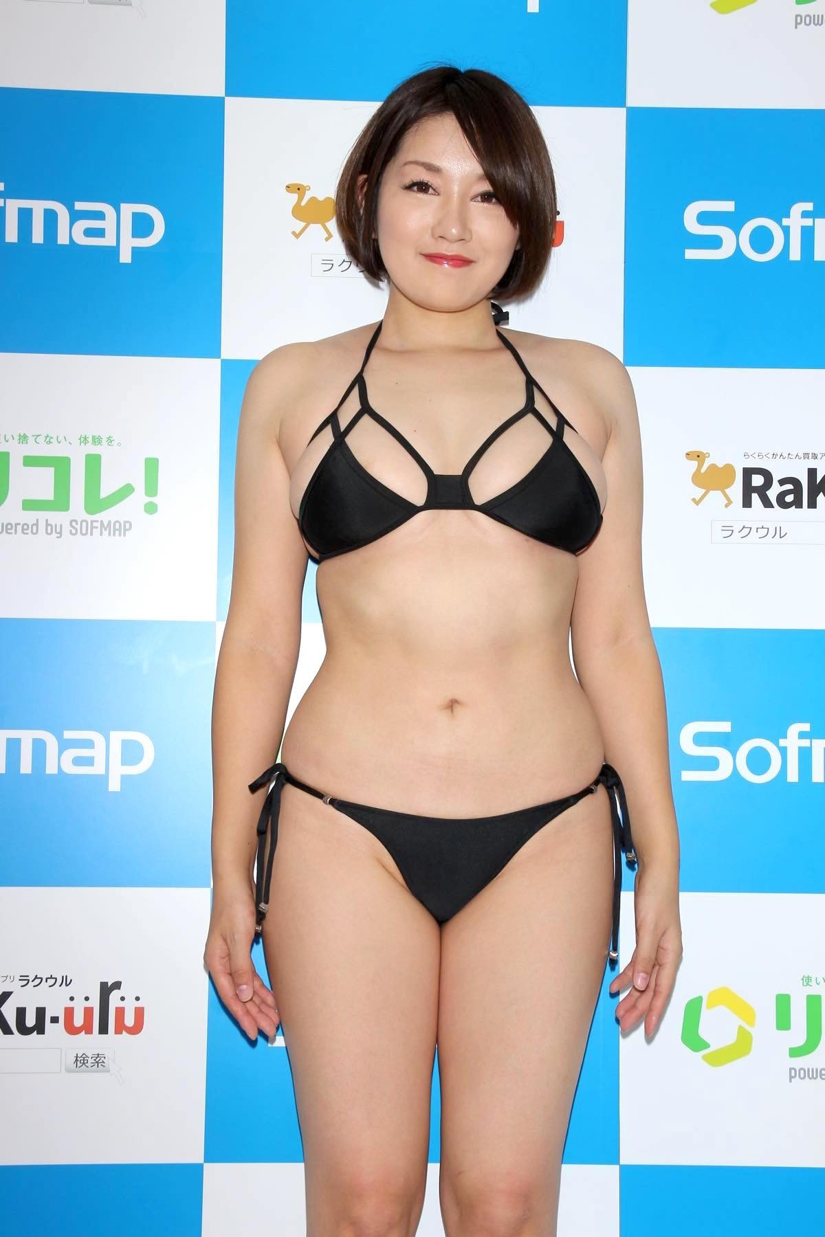 多田あさみ「赤い下着でイチャイチャ」お風呂で洗いっこにも挑戦!【画像39枚】の画像004