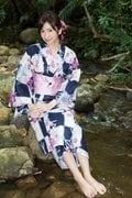 外崎梨香「スレンダー巨乳」完璧ボディがびしょ濡れ!【写真15枚】の画像006